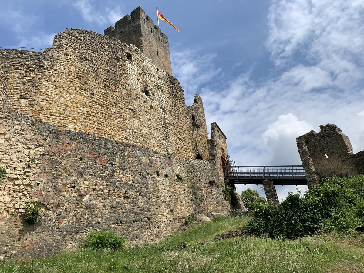 Lörrach – Burgruine Rötteln mit Panoramasicht
