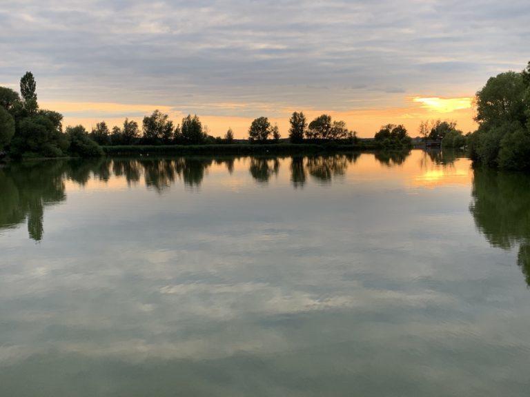 Übernachtungsparkplatz in Muhr am See
