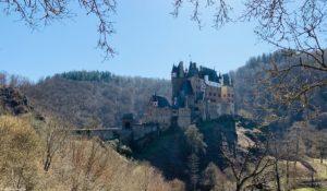 Read more about the article Die Burg Eltz – inmitten eines Naturparadieses